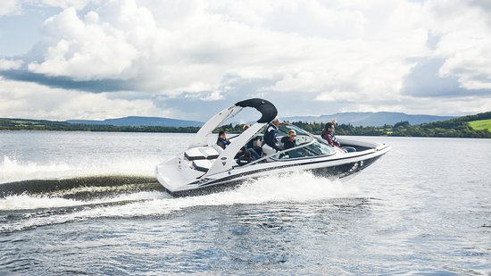 Gartocharn, UK: Feel the wind in your hair whilst cruising over open water.