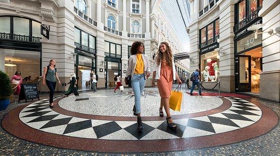 La Haye, Pays-Bas : Shopping Passage