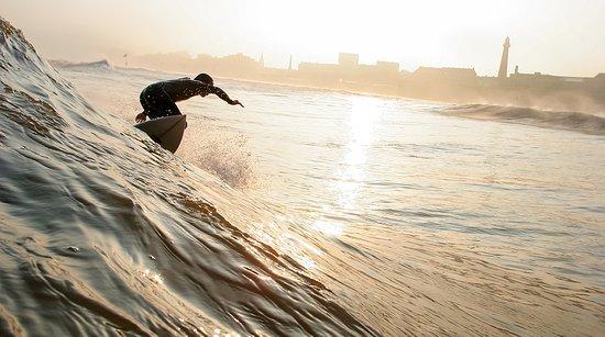 La Haye, Pays-Bas : The Sea surfing