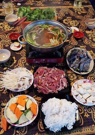 Dong Van, Vietnam: received_2255246468024034_large.jpg