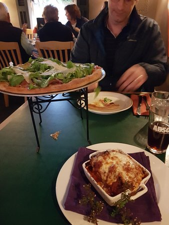 Rosa Flamingo's : Rosa's Pumpkin Lasagna and Pizza