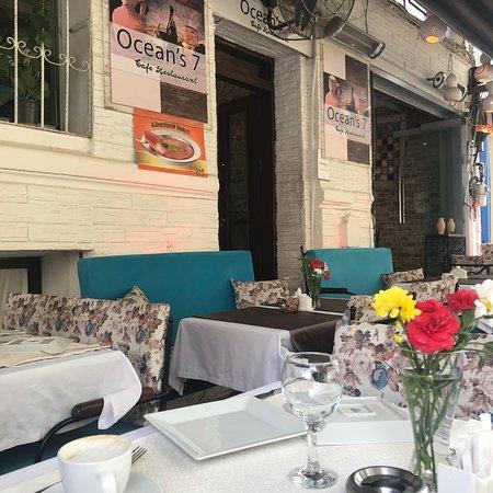 Oceans 7  Restaurant: photo1.jpg