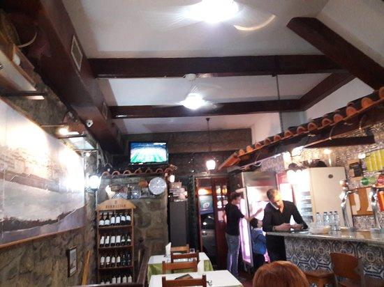 ristorante Casa Paraiso  2 Porto: vista do térreo.