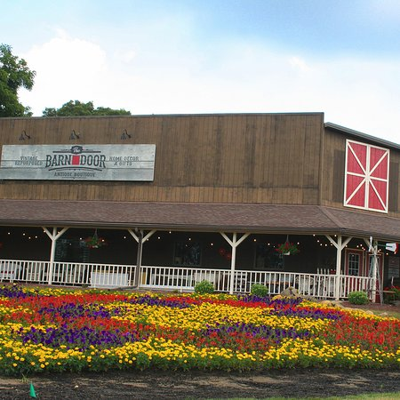 Goshen, IN: Highlights from the 2018 Quilt Gardens. Annual event May 30 - Oct 1