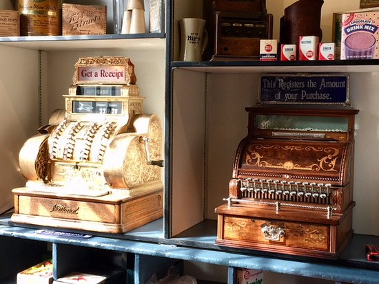 Bath, NH: Antique cash registers inside