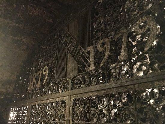 CVNE Vino: Cementerio