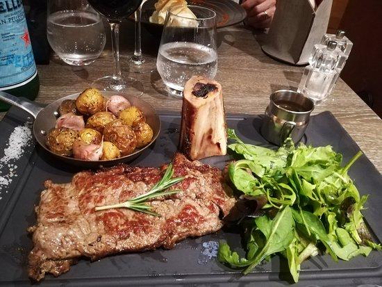 Cabrieres-d'Avignon, Frankrijk: Una cena speciale...