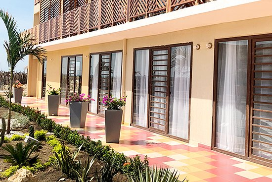 Hotel On Vacation Wayira