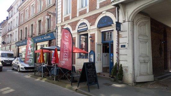 Le Dauphin Bleu : restaurant franco-italien