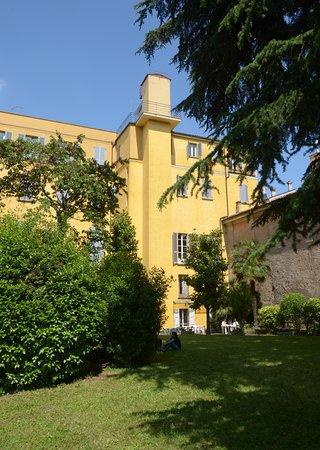 Palazzo Ghiselli Vasselli