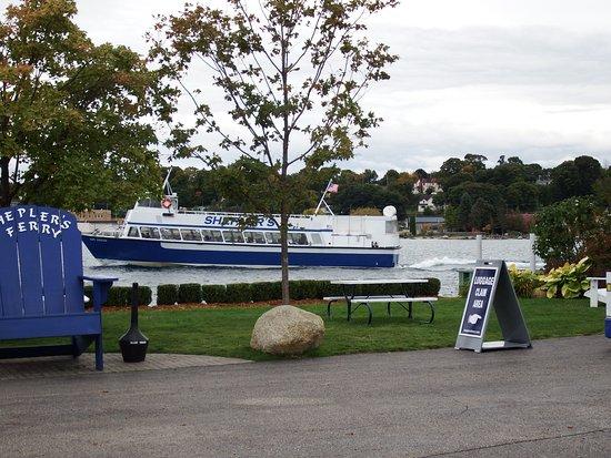 Shepler's Mackinac Island Ferry: Beautiful yard