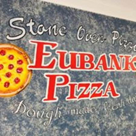 Eubank, KY: Stone Oven Pizza Made with Fresh Dough Daily