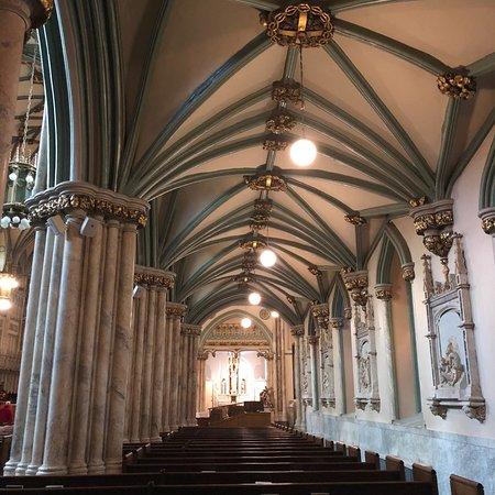 St. Dunstan's Basilica : photo1.jpg