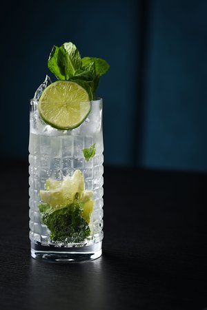 Mojito, Havana Club Rum, Pressed Lime, Sugar Syrup,  Soda Water, Mint Leaves