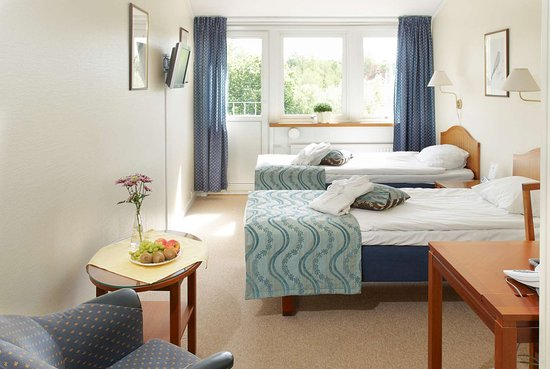 Kungalv, Sweden: Guest Room with Two Twin Beds