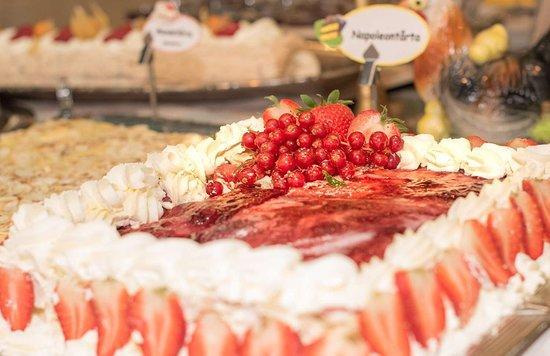 Kungalv, Swedia: Cuisine in our Restaurant
