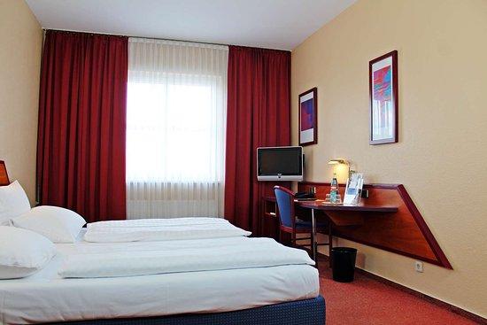 econtel hotel berlin charlottenburg 59 1 2 7. Black Bedroom Furniture Sets. Home Design Ideas