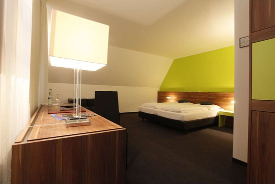 Bobingen, Jerman: Guestroom 4DZC 4