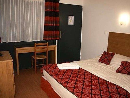 L'Arbresle, França: Guest room