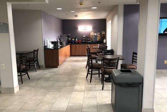Microtel Inn & Suites by Wyndham Pittsburgh Airport: Property amenity