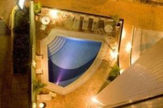 Quality Hotel & Suites Natal: Outdoor pool