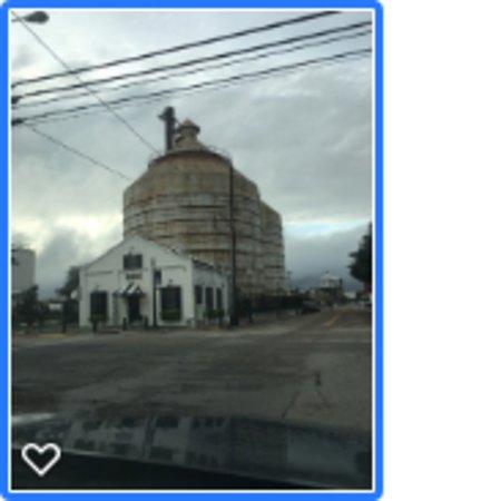 Waco Tours: Silos