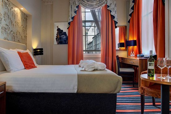 Heywood House Hotel, Hotels in Liverpool
