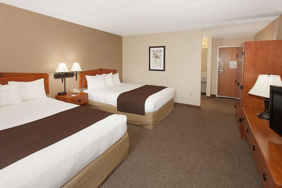 Greenville, MI: Guest room
