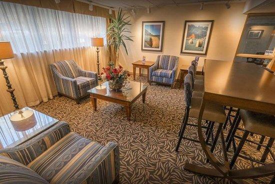 Baymont Inn & Suites Groton / Mystic