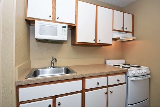 Extended Stay America - Corpus Christi - Staples: Fully Equipped Kitchens