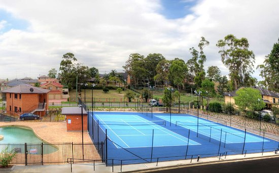 Casula, Australia: Tennis Courts