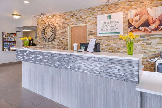 GuestHouse Inn & Suites By Red Lion Hotels