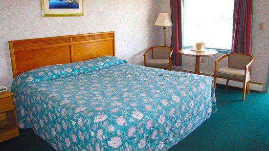 Palatine Bridge, État de New York : MStar HotelCanajoharie Canajoharie NY Guestroom King