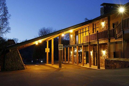 Tremont Lodge And Resort 69 ̶7̶9̶ Prices Amp Hotel