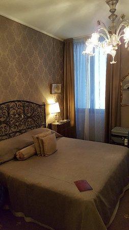 Metropole Hotel: 20180928_153434_large.jpg