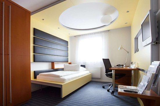 Montabaur, Alemanha: Guestroom CEZ 4