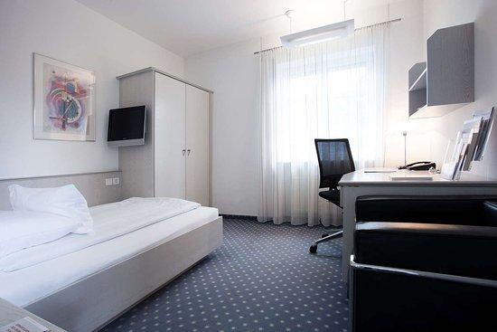 Montabaur, Alemanha: Guestroom STEZ 4