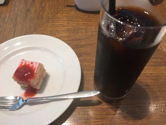 ワインショップ・エノテカ 銀座店 カフェ&バー エ …