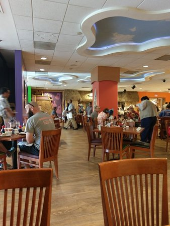 Disney's PCH Grill, Anaheim - Disneyland - Restaurant Reviews