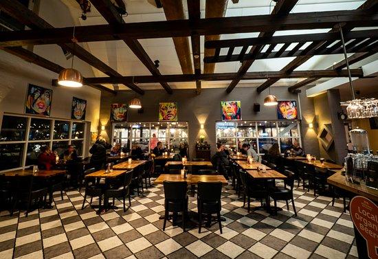 Hvidovre, Danmark: Café Victoria indenfra