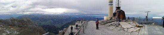 Hundwil, Schweiz: Aussicht von der Säntisterrasse