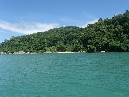 Ilha do Araujo Beach