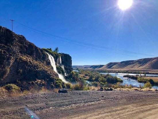Wendell, ID: A view of the river and falls as you drive to the park