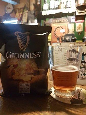 The Bogside Inn: Guiness Chips und Murphys Bier