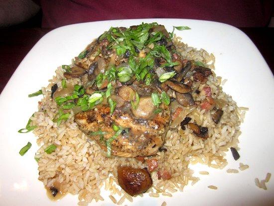 JB Dawson's Restaurant & Bar: Chicken Marsala over rice
