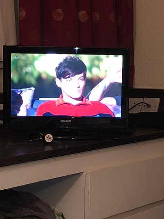 Wall mounted tv (not)