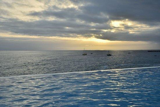 Vila do Maio, Kape Verde: La piscine avec vue imprenable sur la mer