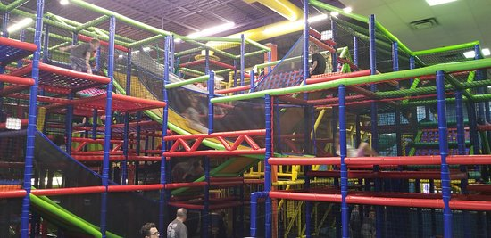Cedar Rapids, IA: Play Adventure Area