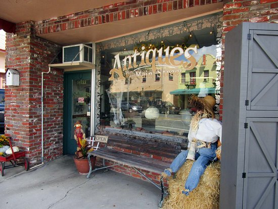 Antiques on the Main Street