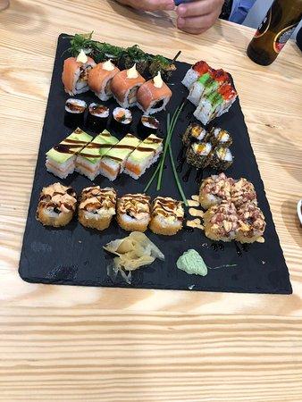 imagen La cantina tapas y sushi en Alhaurín de la Torre